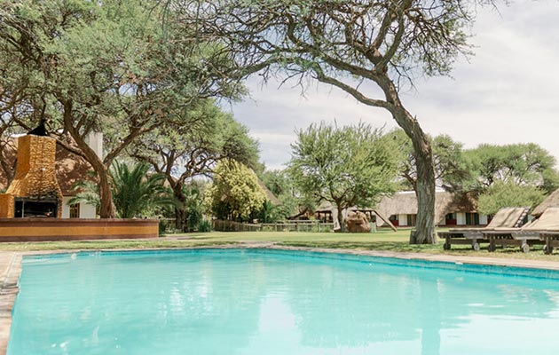 okahandja country hotel namibia, hotel accommodation in okahandja, air conditioned honeymoon accommodation, wedding conference venue okahandja
