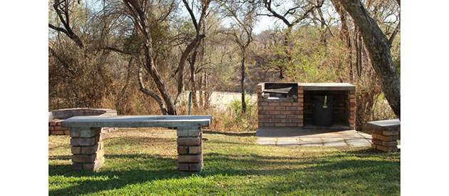 Botswana Woodlands Stop-over and Lodge